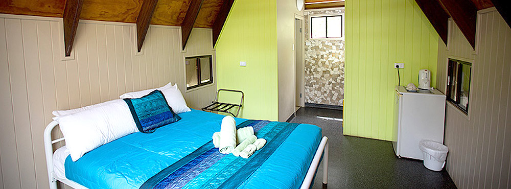 Double-Twin-Share-Accommodation-Magnetic-Island-01